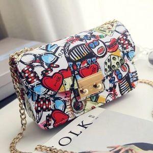 Super cute graffiti purse!!